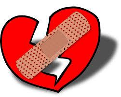 Dibujo de corazón roto y con una tirita