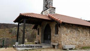 Lecturas del domingo y solemnidades - ciclo C. Fotografía de la ermita de san Antonio en Cercedilla (Madrid)