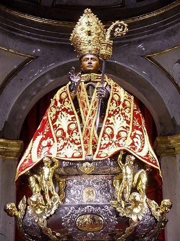 Por tantos. Pamplona. Iglesia de san Lorenzo. Imagen de san Fermín en la capilla que lleva su nombre