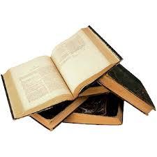Libros en dominio público. En la imagen aparecen unos libros