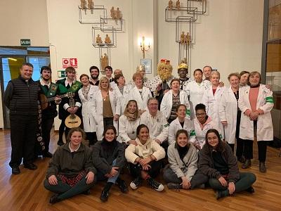 Nueva evangelización. Fotografía de grupo de voluntarios en el Hospital de la Fuenfría (Cercedilla). Fiesta de Reyes 2020