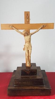 El sacrificio eucarístico. Imagen de un crucifijo