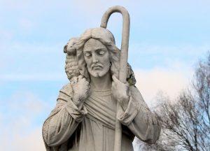 Esperanza. Fotografía de una estatua que representa al Buen Pastor